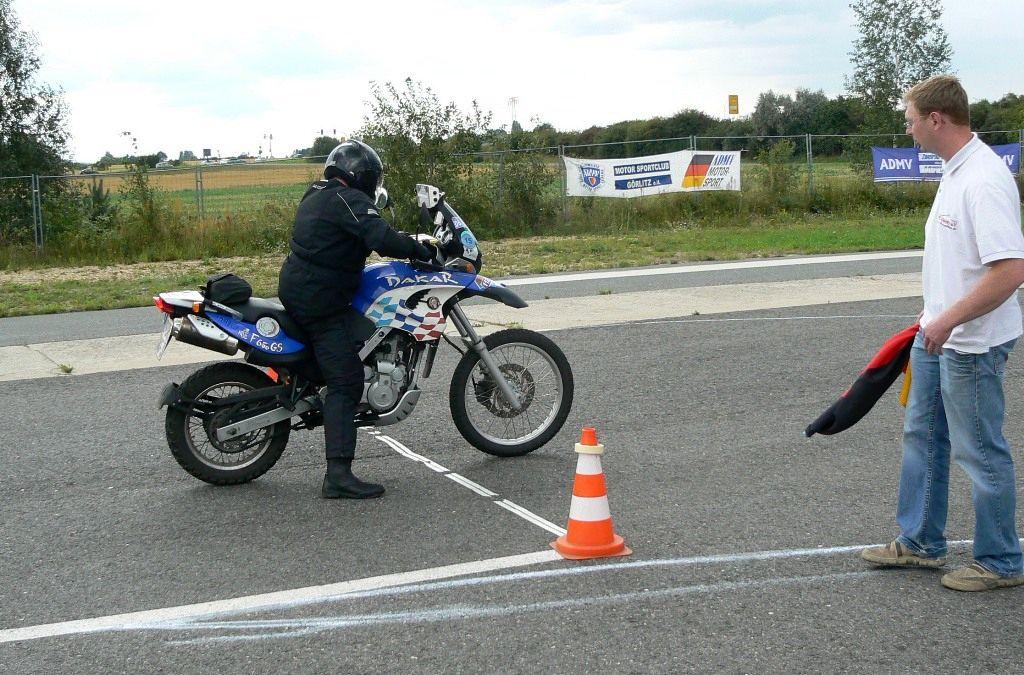 Zweirad Rallye Motorsport Motorrader Gespanne Langstreckenfahrt